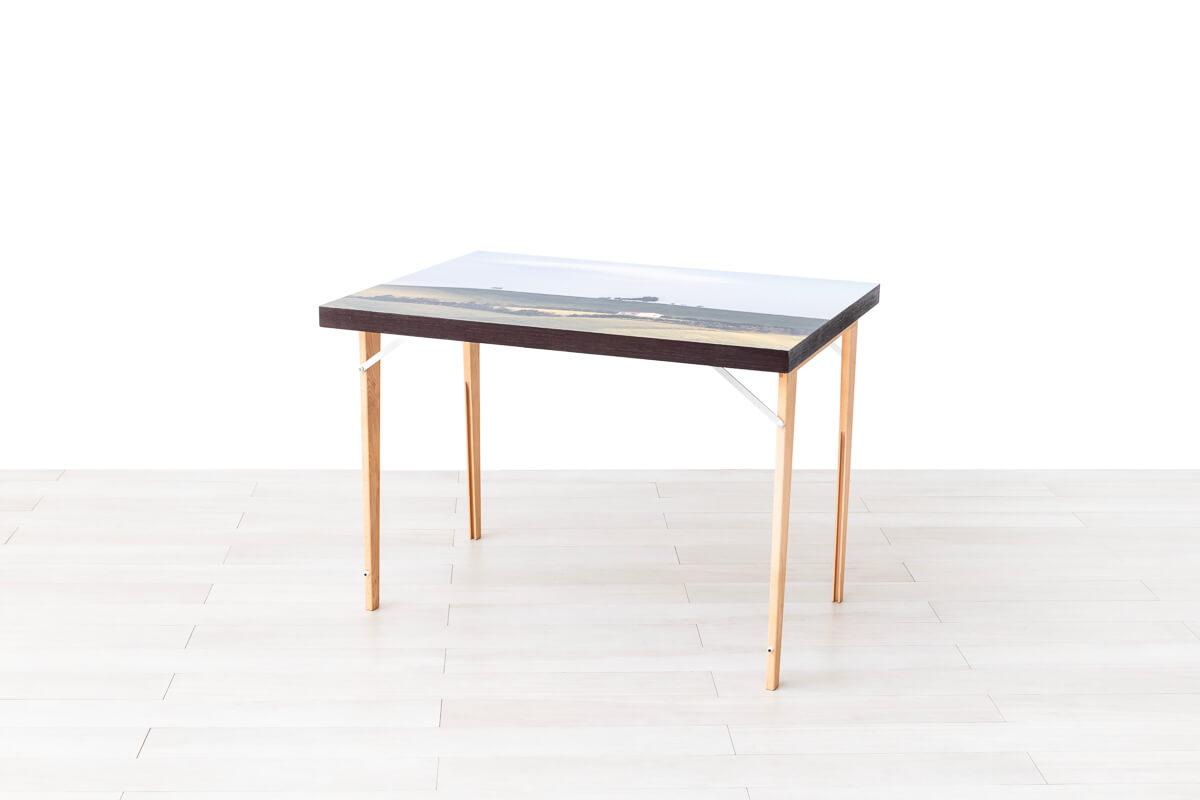 Quadro tavolo aperto con sedie